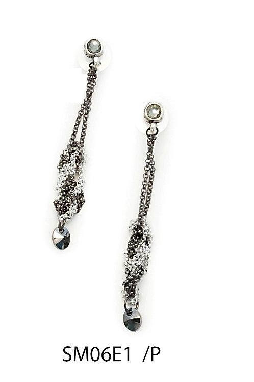 SM06E1 Earrings