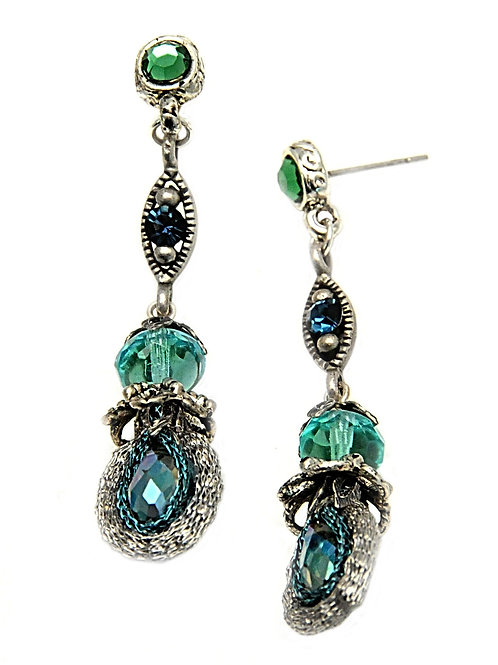 Turquoise crystals and beads Earrings