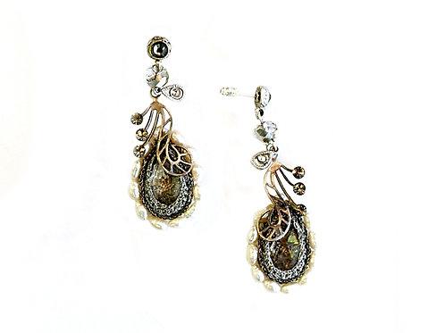 Sweet water Pearls & Swarovski crystal Earrings