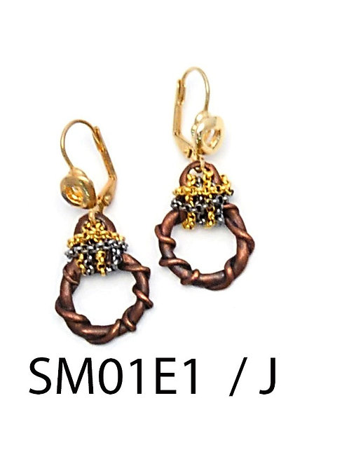 SM01E1 Earrings