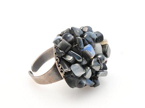 Rock & White Ring