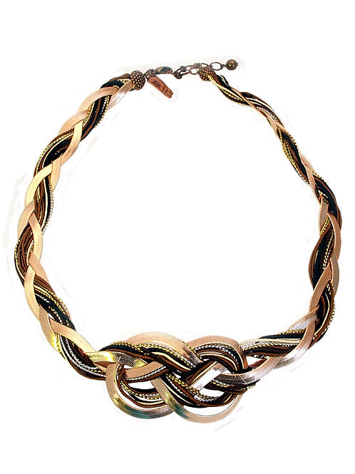 Eternal Knot Necklace / UC33N1