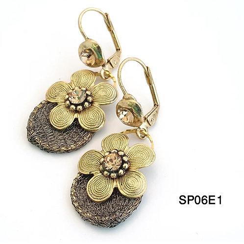 SP63E1 Earrings