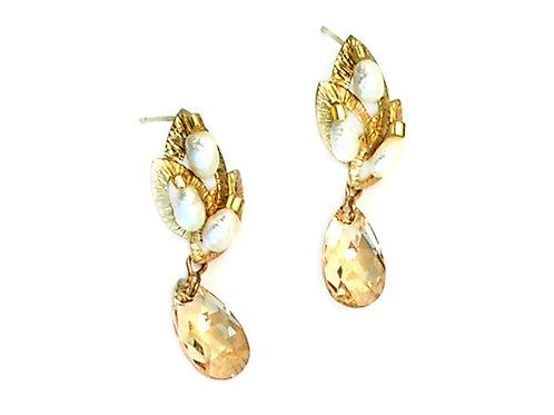 gold Cala flower Earrings
