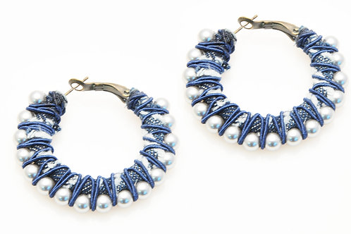 jeans and pearls round earrings