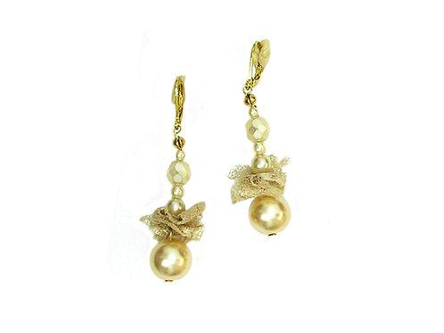 Glass pearls & Lace Earrings