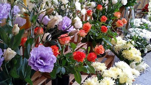 flower-shop-968463_1920.jpg