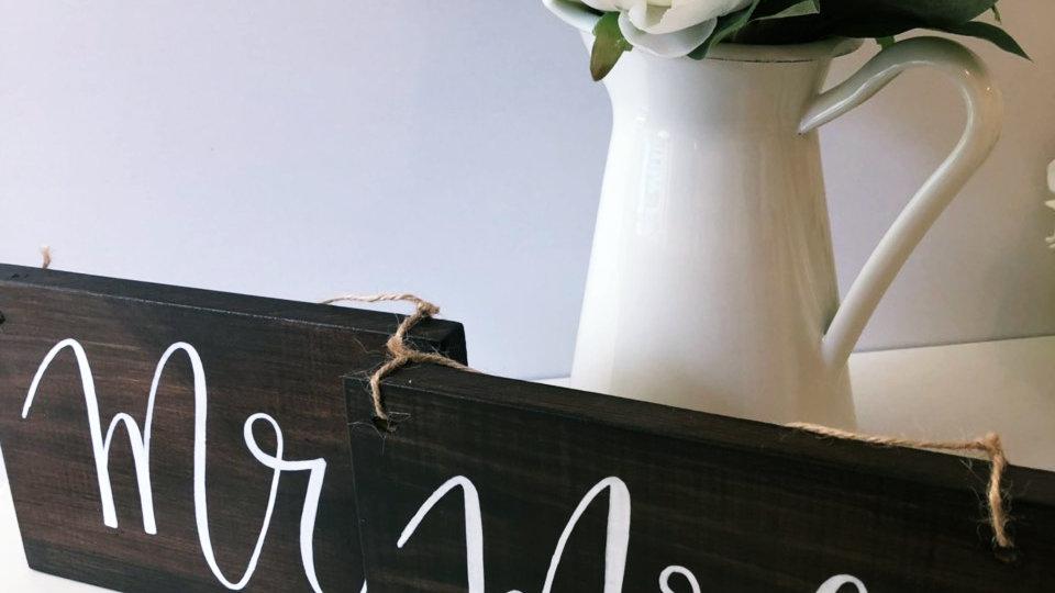 Mr. и Mrs. комплект табели за столове