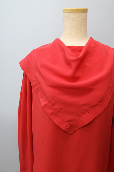 pullover design blouse / RED