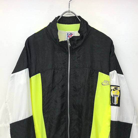 old NIKE international nylon jacket / BLK WHT YEL