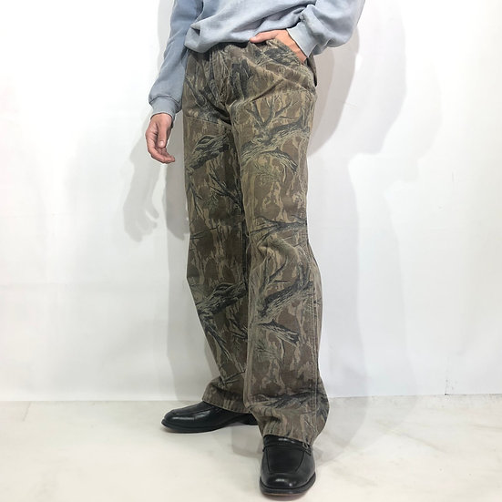 old carhartt dack pants / real tree