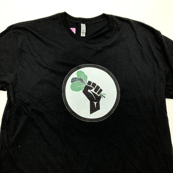 菜っ葉を持つ手 T-shirt / BLK