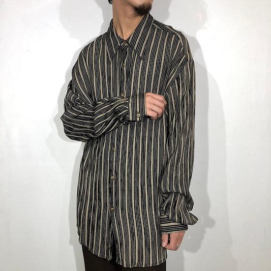 stripe design shirt / black