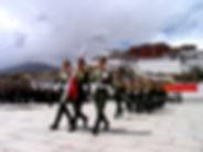 drapeau_chinois_s'élevant_à_Lhassa.jpg
