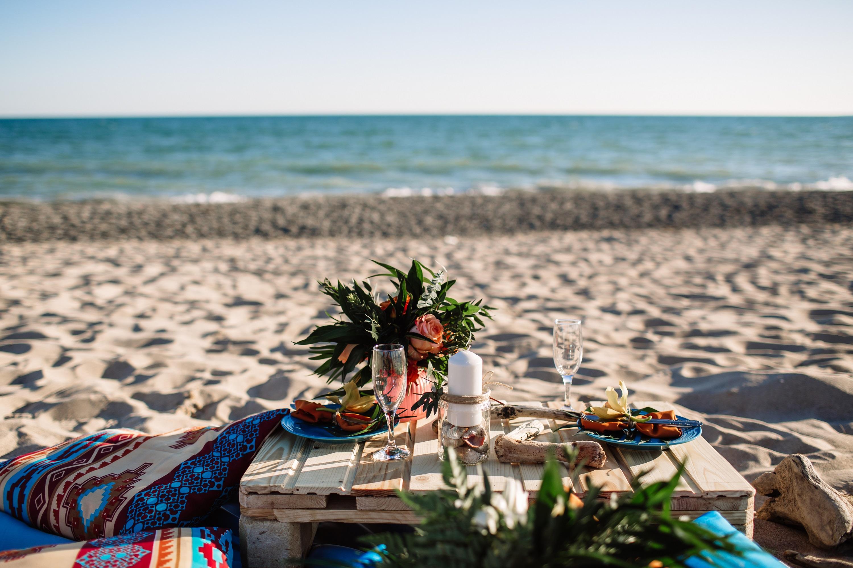 Experience Dinner on the beach