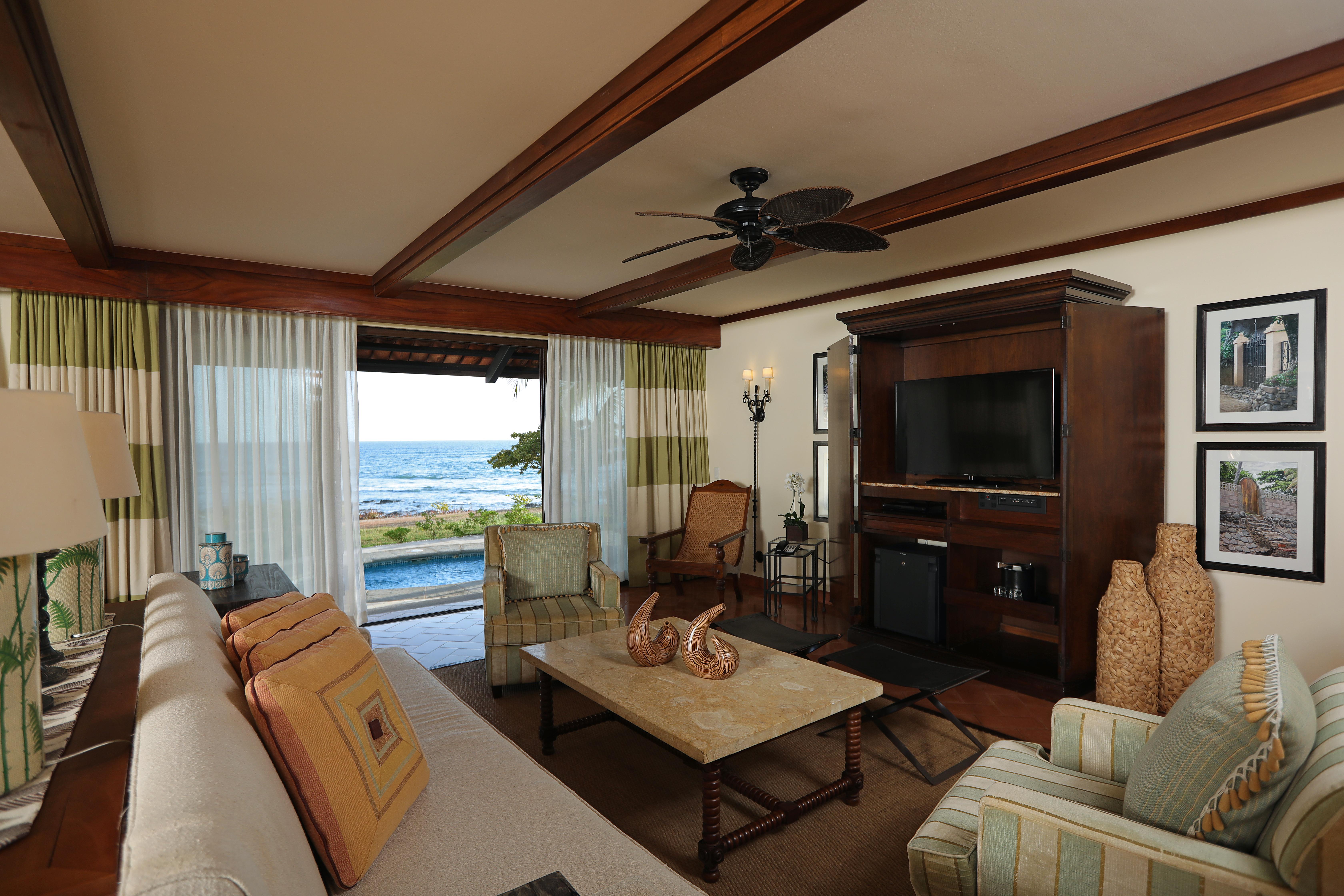 Suite Ocean Front