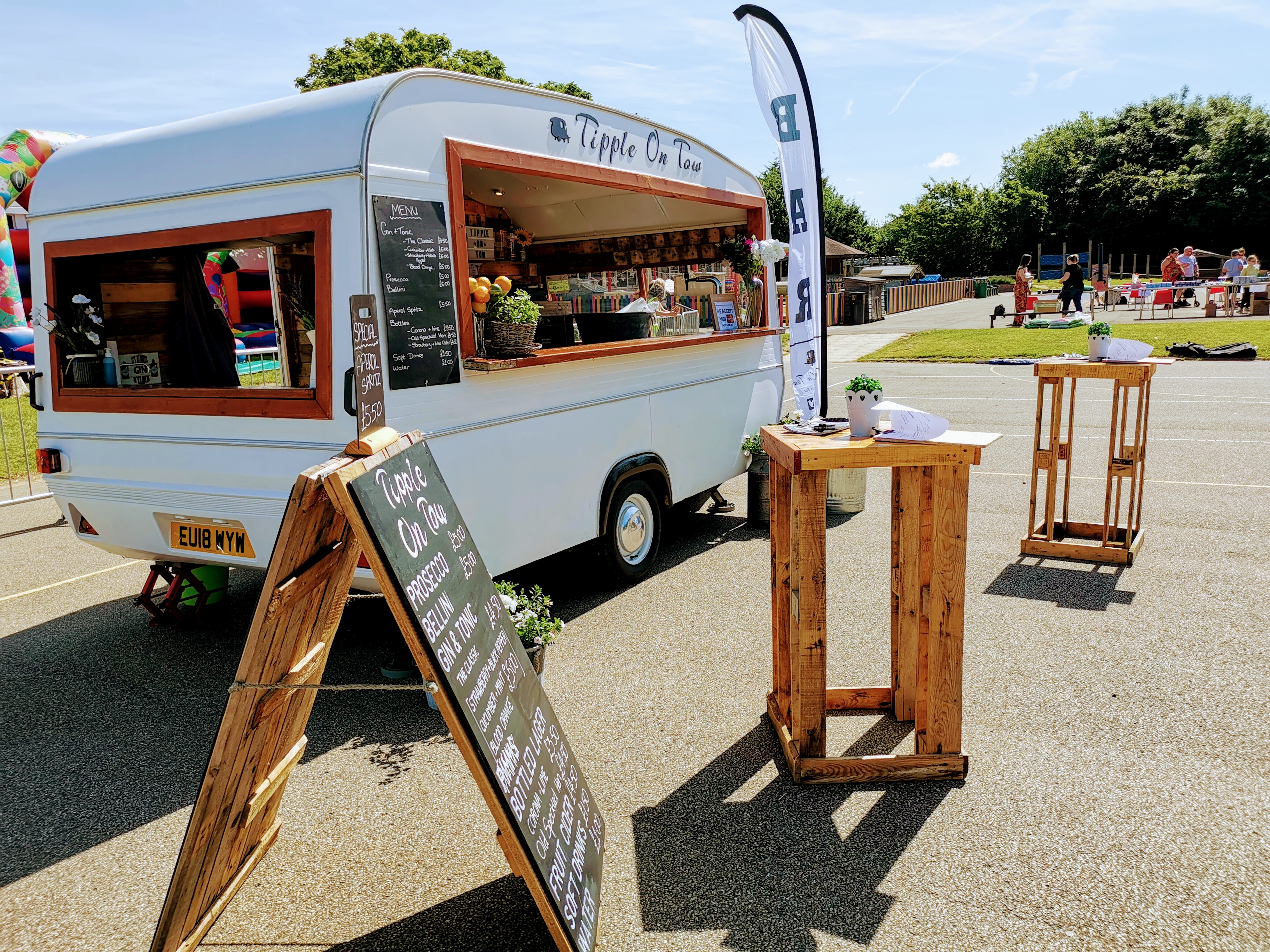 Gallery | Essex | Tipple On Tow