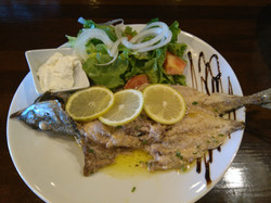 Pescadito en el menú del día
