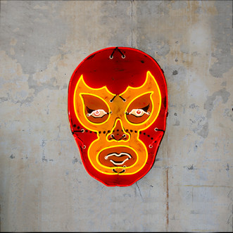 Red Luchador