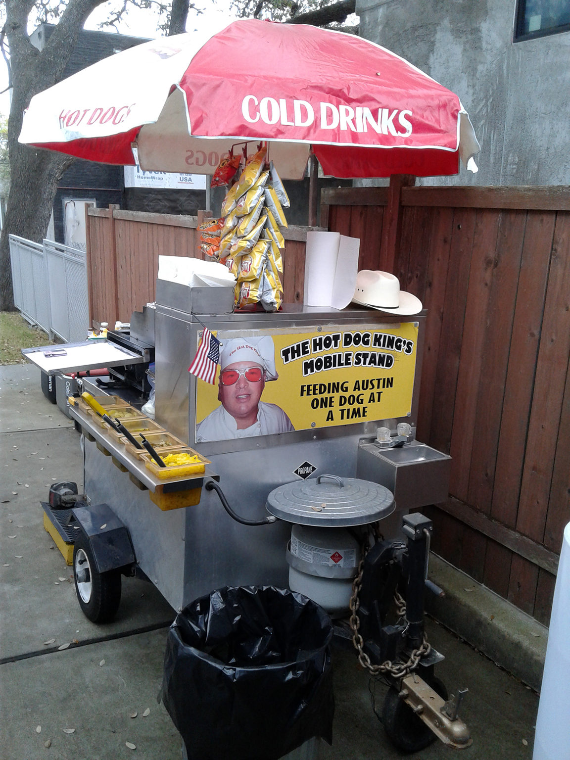 Clean Cart Ready for Serving You