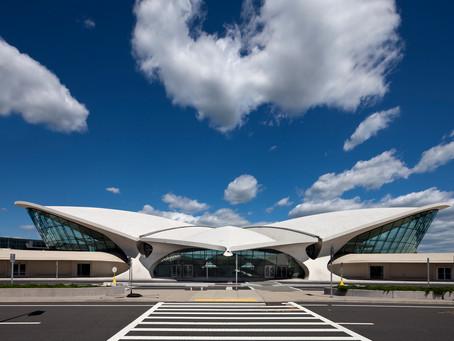 La collection Croisière 2020 de Louis Vuitton sera présentée dans un aéroport new-yorkais.