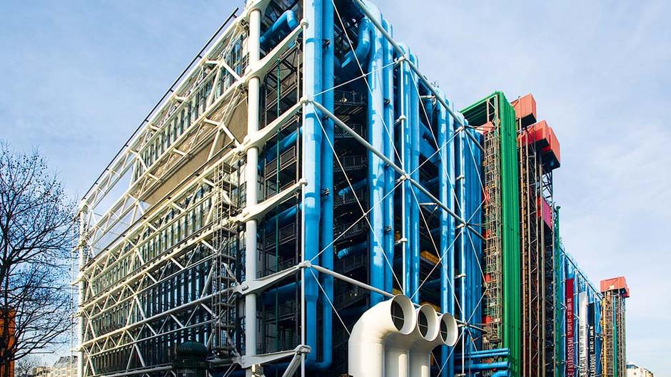 Le Centre Pompidou a annoncé ouvrir ses portes aux expositions dédiées à la mode et à ses créateurs.