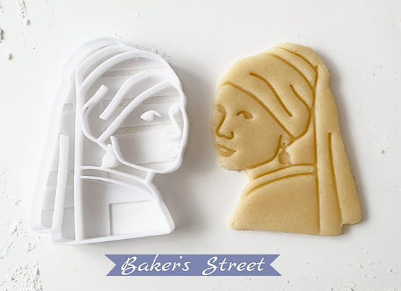 Girl With Pearl Cookie Cutter