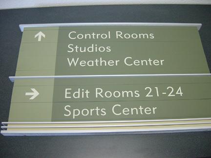 interior-sign33