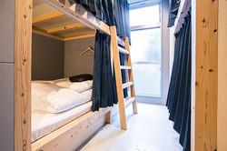 compact-room