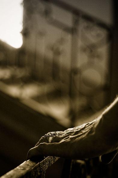 Dansla série Fragments, image de la main