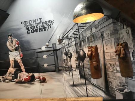 Muurschildering Mohammed Ali, de Roode Schuur te Nijkerk