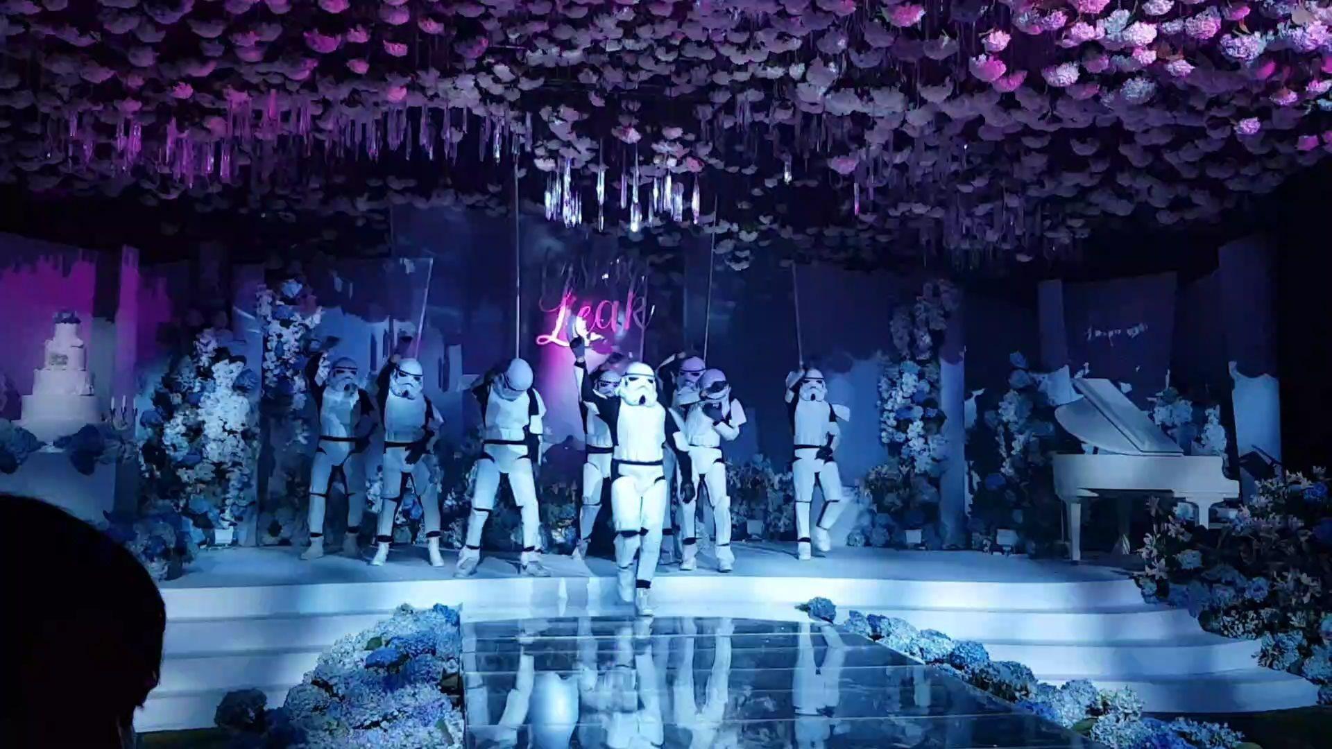 Futuristic Party_181204_0017
