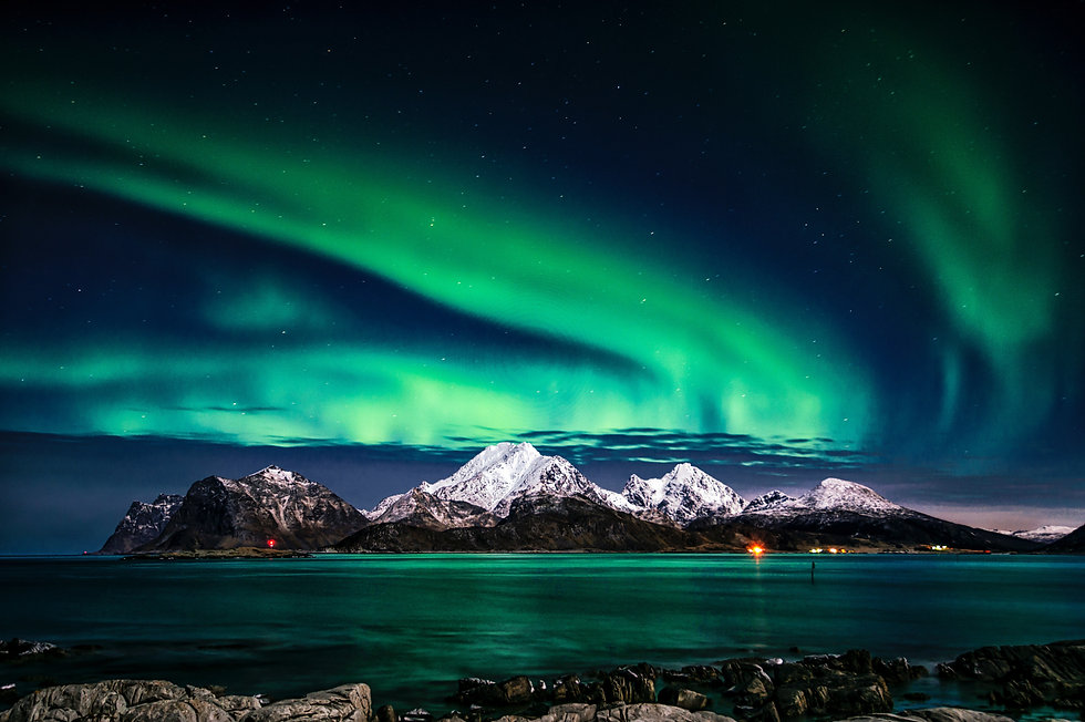 aurora-borealis-1933239.jpg