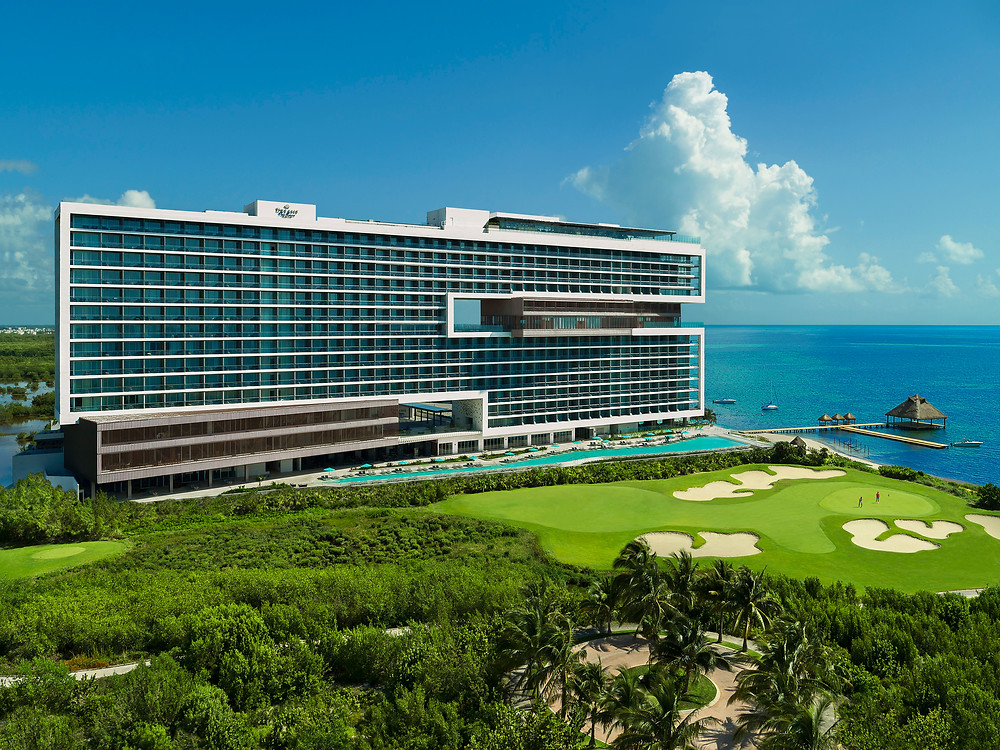 oceanfront hotel and golf resort