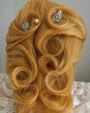 Bridal and formal upstyles
