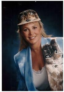 Dr. Laura Pasten Morriis the cat Vet.jpg