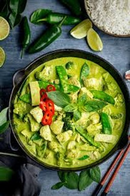 THAI GREEN CHICKEN CURRY & RICE - R65/400G