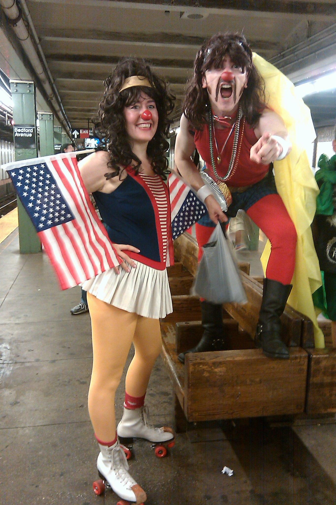 Clown Parad - A-Pie-Calypse