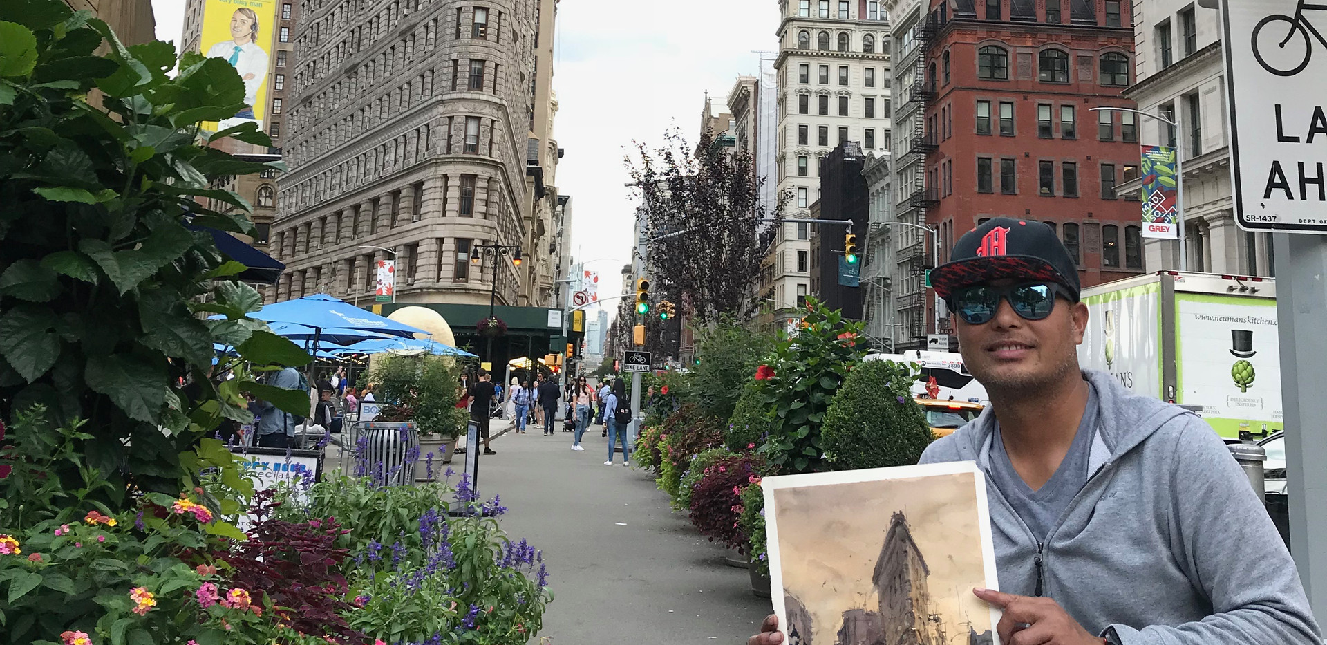 Noon time at Flatiron area lower Manhattan,
