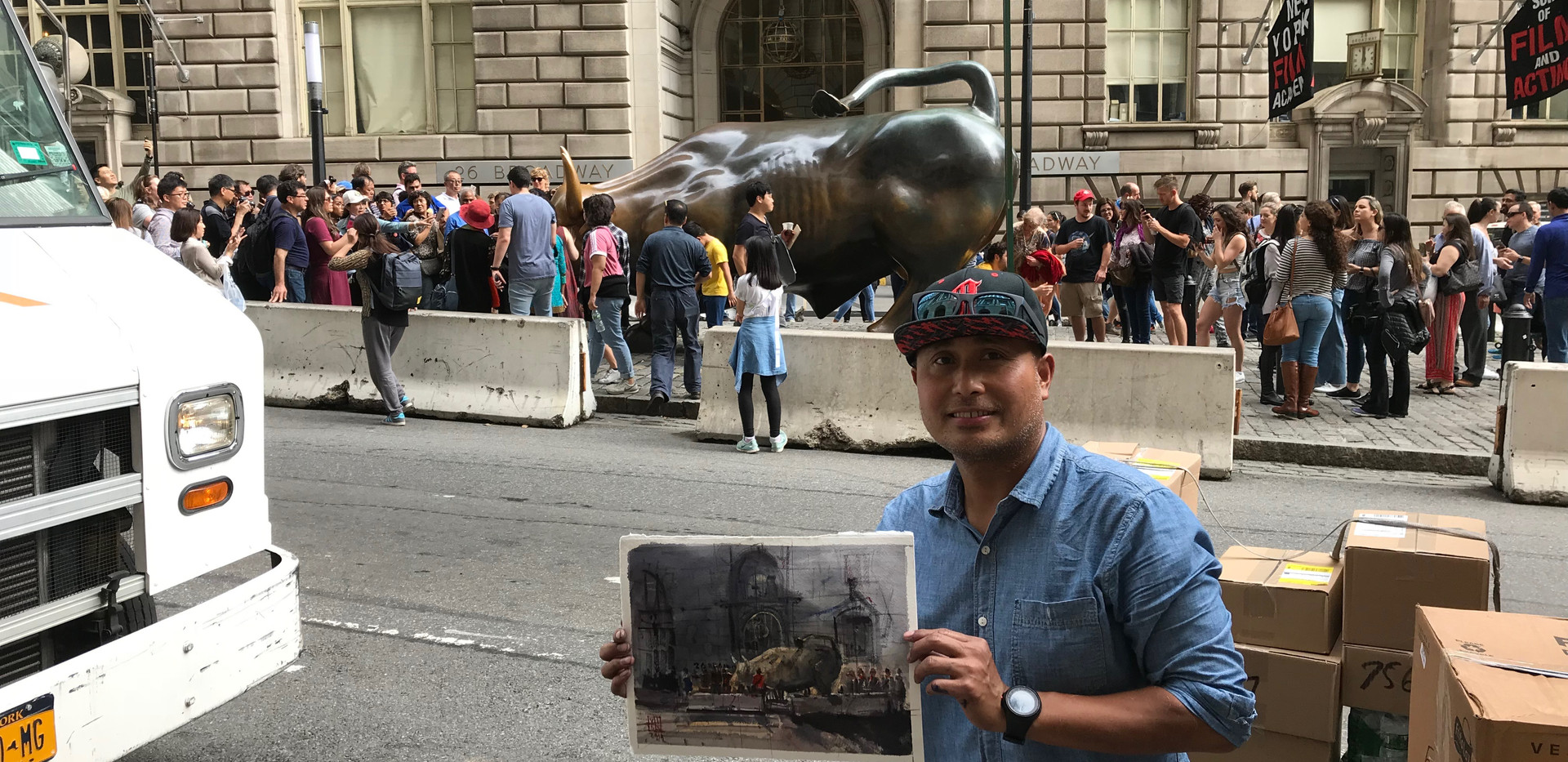 I manage to paint even huge crowd covering the statue.