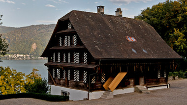 Umbau Bauernhaus Schloss Buonas