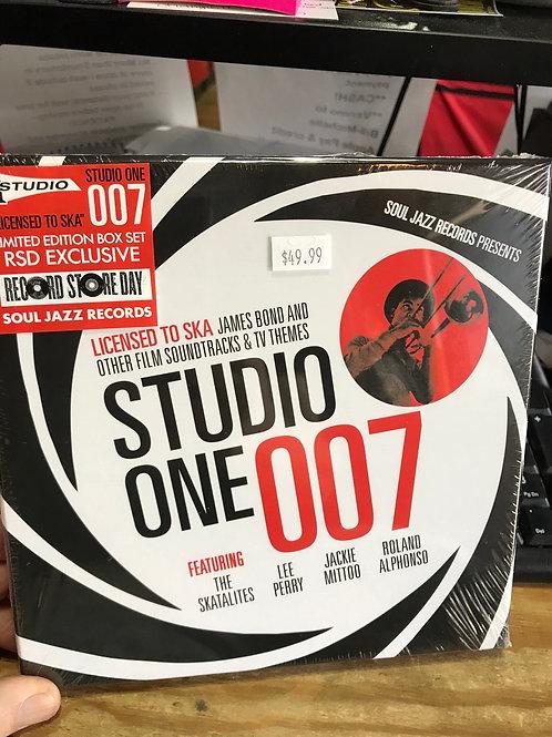 Studio One 007