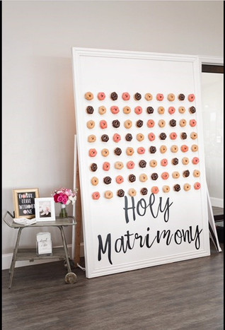 White Donut Wall Approx. 8x6 ft. (Words not included)