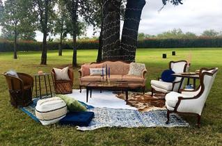 Vintage Lounge Area
