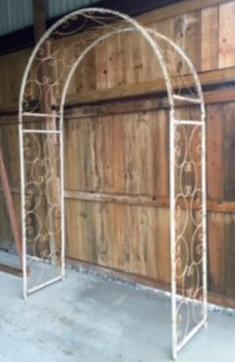 Chippy Antique Arch