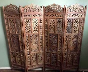 Wooden Screen Divider