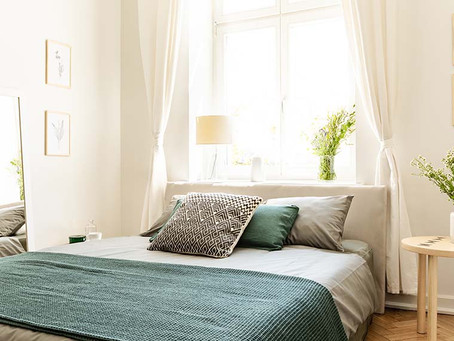 DECOR TIPS FOR SMALL MASTER BEDROOMS