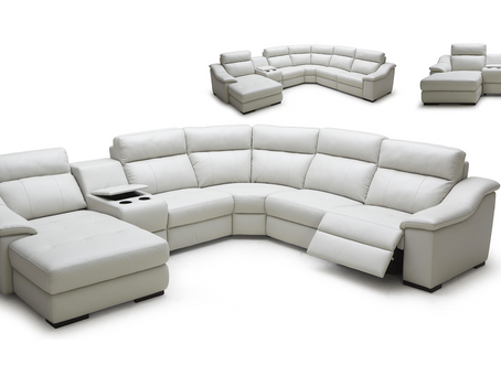 CHOOSING THE RIGHT RECLINER FOR YOUR LIVING SPACE