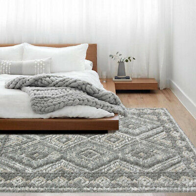 RUGS AND CARPET IDEAS FOR YOUR HOME