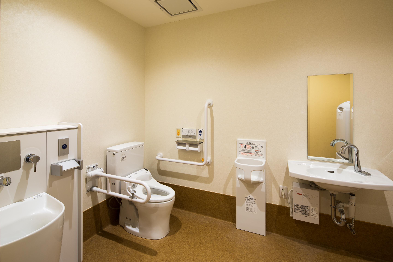 1階 だれでもトイレ